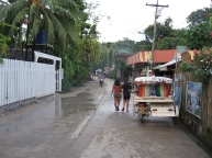 El Nido street scene