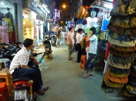 Night-Market-Saigon